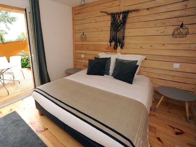 Studio-Confort-Salle de bain-Terrasse