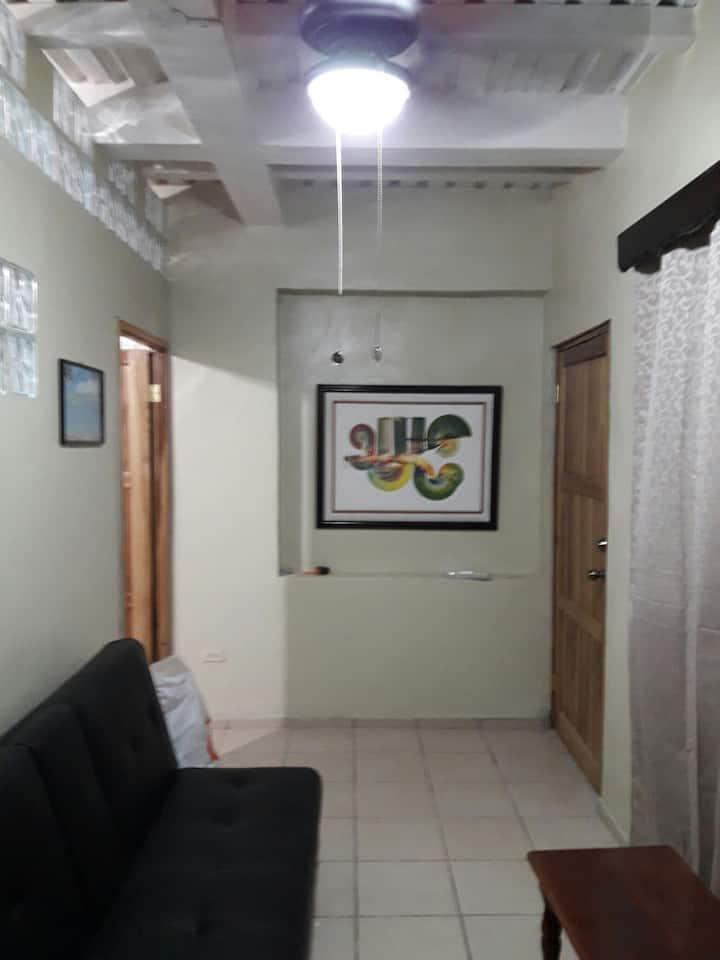 Private apartment, furnished near blvd. Morazan