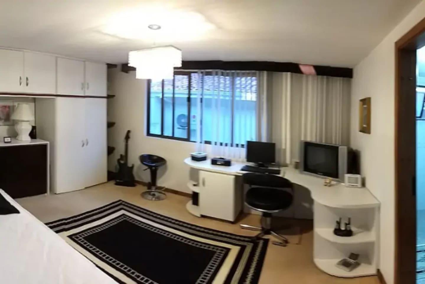 Suite 1 , exclusiva com cama casal  e bicama
