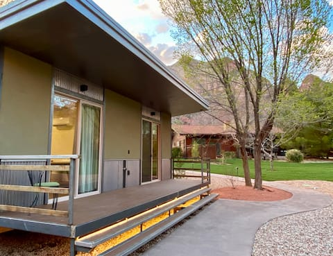 Nama-Stay Cabin's 8/8  Zion National Park