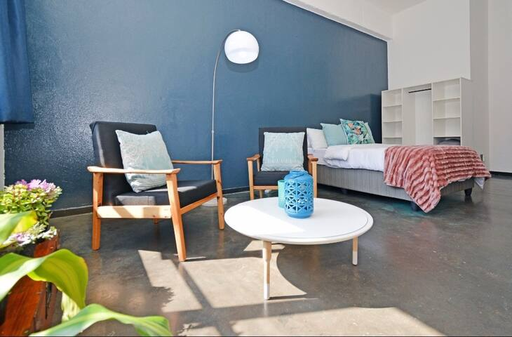 Sunny studio in Maboneng - Johannesburg
