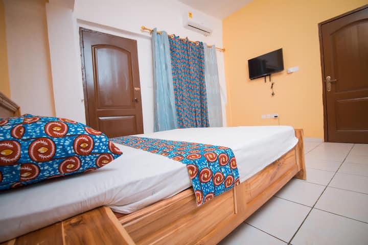 Royal Lanes Hotel Private Room, Achimota Kingsby
