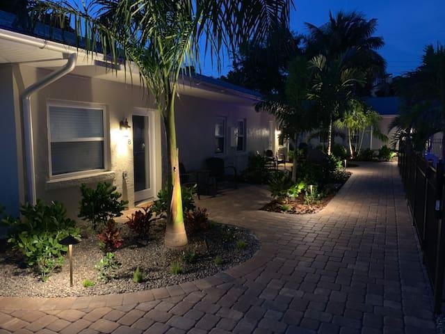 The Twin Palms Siesta Key Hotel Room 8