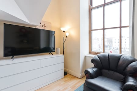 1 Bed Loft Apt in City Centre, 3min Temple Bar
