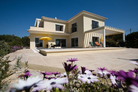 Luxury Villa with Heated Pool - Armação de Pêra - Ev