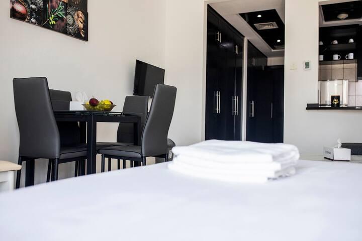 Spacious Studio Apartment in DG D1