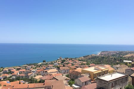 Historic luxury apartment with panoramic view - Roseto Capo Spulico