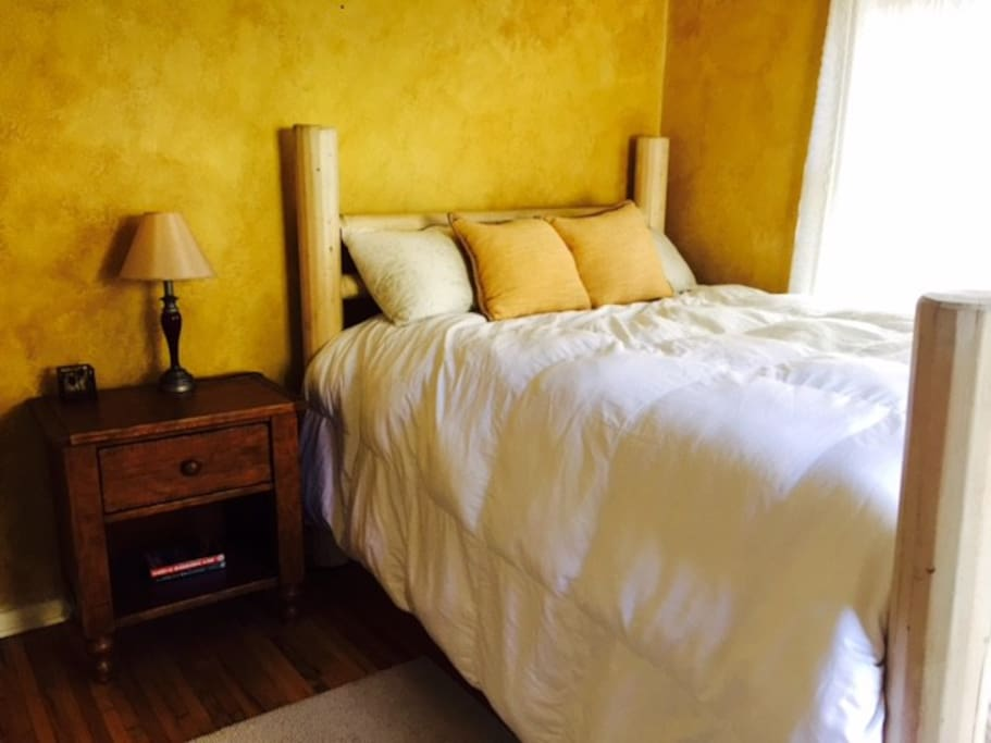 Welcome to your home in Ojai...serene, private, and airy with a new queen-sized lodge-pole bed.