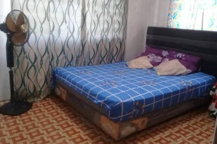 22 NALSEN SUVA  QUEEN BEDROOM