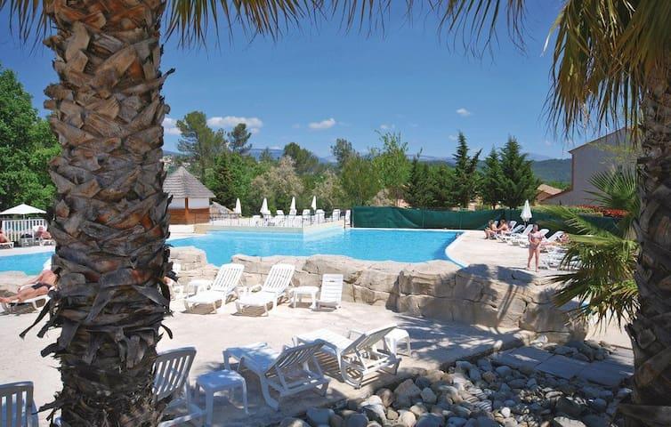 Maison 6 pers FAYENCE résidence 4* piscine & spas