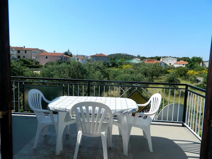 Two bedroom apartment with terrace Rogoznica (A-15005-b)
