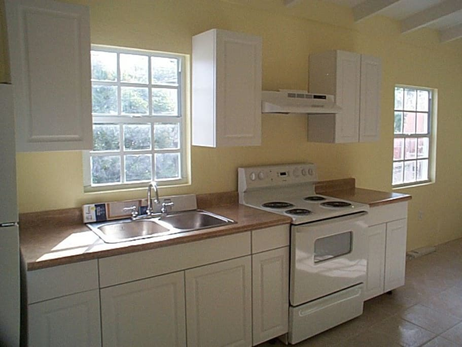 Top Floor Studio Apartment: Kitchen, view from entrance.