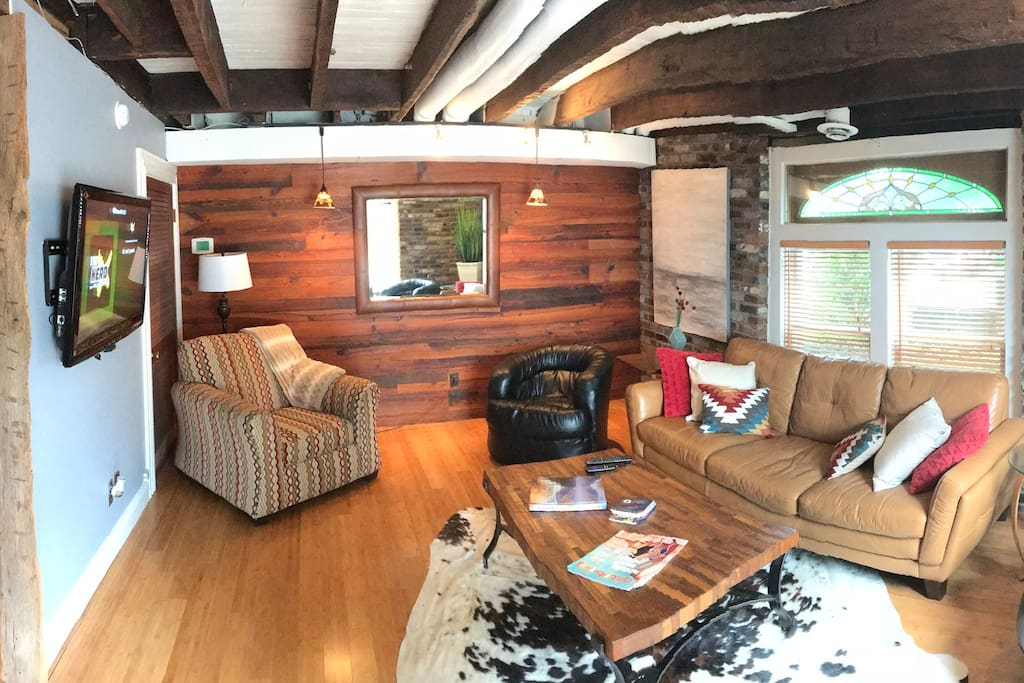 Pano of living area