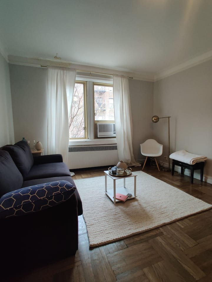 Studio next to Inwood Hill Park and Hudson River,