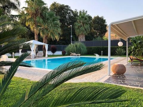 Apartamento Villa com Piscina - Villa Paradiso