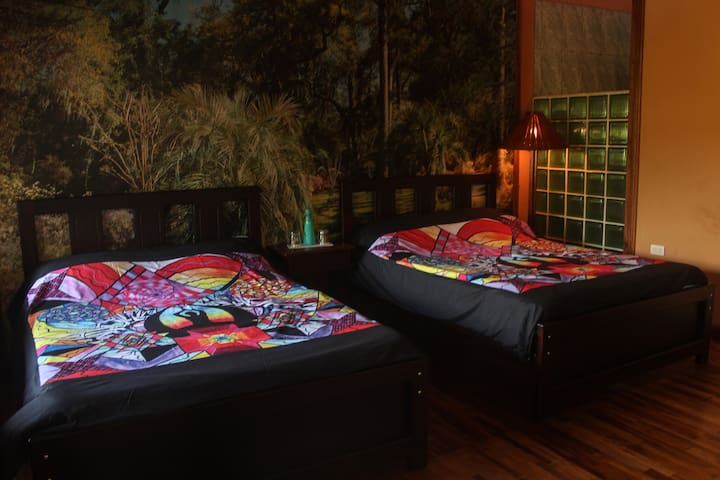 2 bed Bungalow in Tropical Paradise