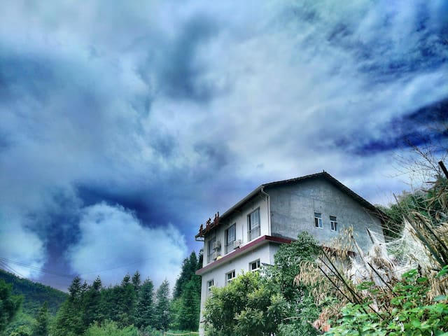 东江湖景区内独栋民宿-看得见风景的房子