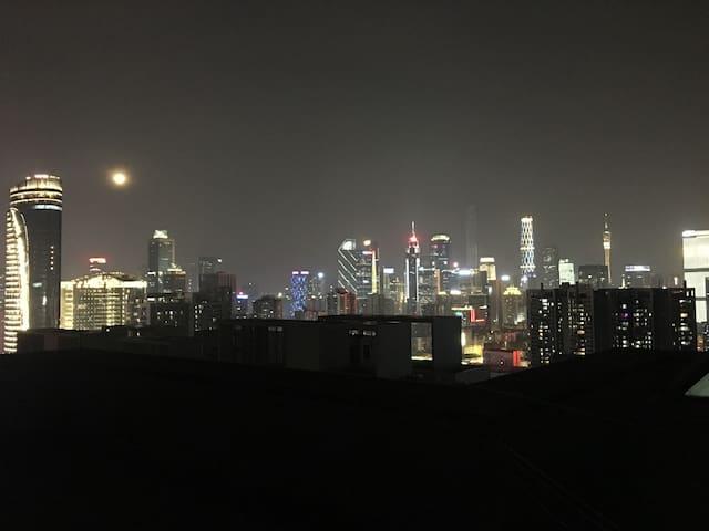 Downtown Area 距离天河城10分钟步行 水荫路温馨三居室 - Guangzhou - Huis