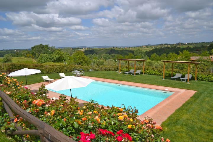 App.with pool and beautiful view, 5+2 - Castelfiorentino - Pis