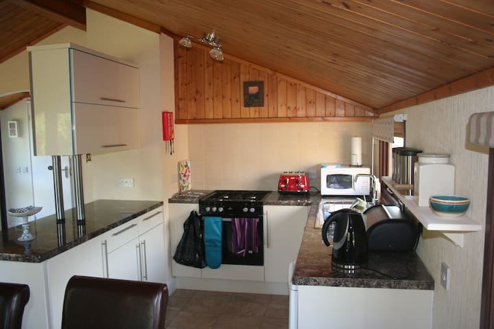 Trewella Lodge - East Sussex - Hytte