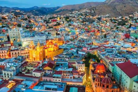 Cuarto 3  LAS MARIPOSAS - Guanajuato - House