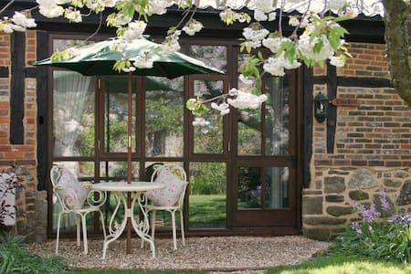 Bluebell Cottage - Near Chale