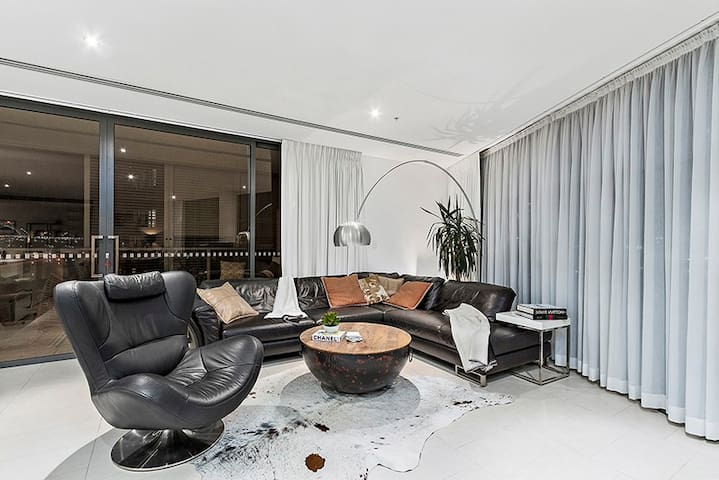 Living room with Harbour Bridge view