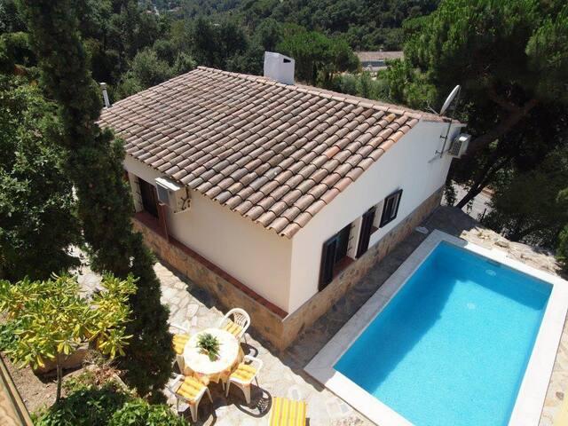 Kerstin Bruns - Casa Evita with pool