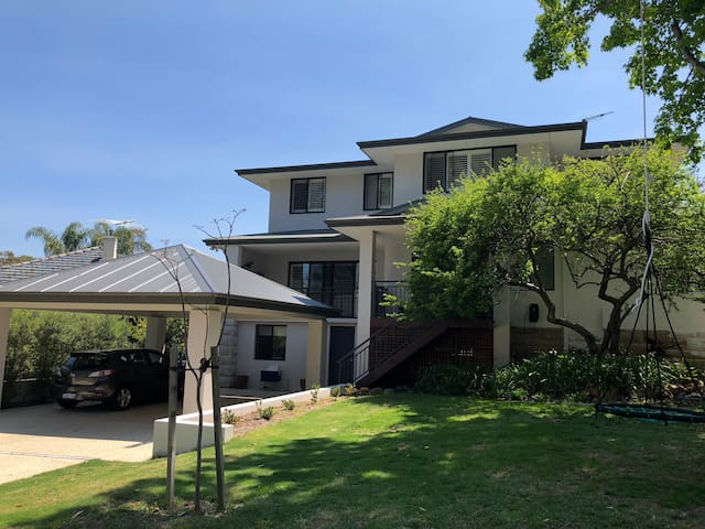 Large family Home in the Heart of Floreat