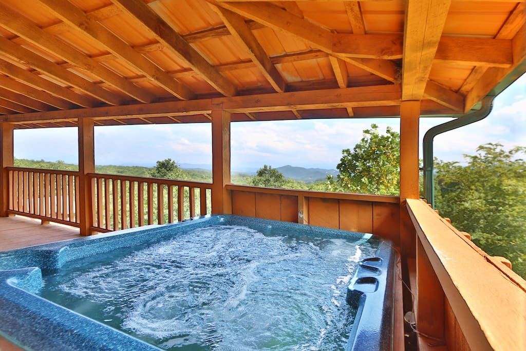 Jacuzzi,Tub,Patio,Pergola,Porch