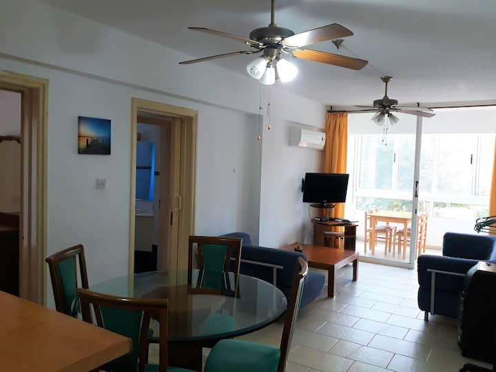 """Family holidays together"",2 bedr apartment"