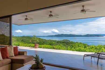Ocean view 3BR villa  in Nicoya - PLAYA NARANJO