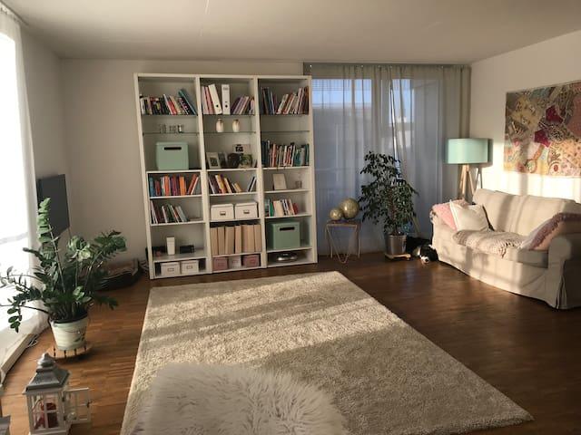 Moderne Wohnung mit Terrasse!Haustiere willkommen!