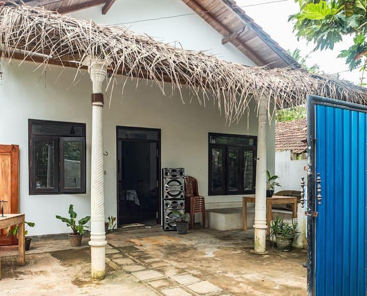 Dandan House - Kabalana surf point