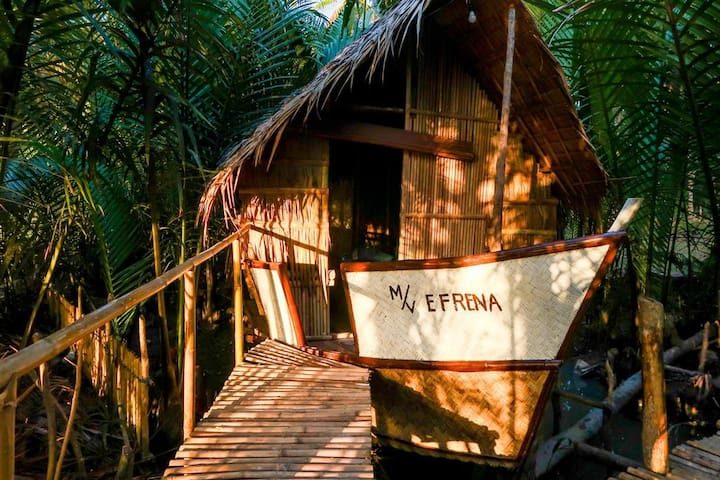 Efrena Agro Tourism Beach - Bungalow Houseboat