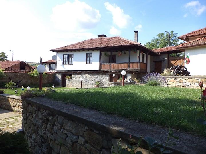 Дом Белла