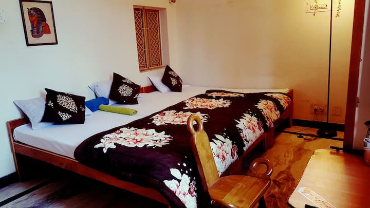 ANUKAMPA PAYING GUEST HOUSE NEAR TAJMAHAL