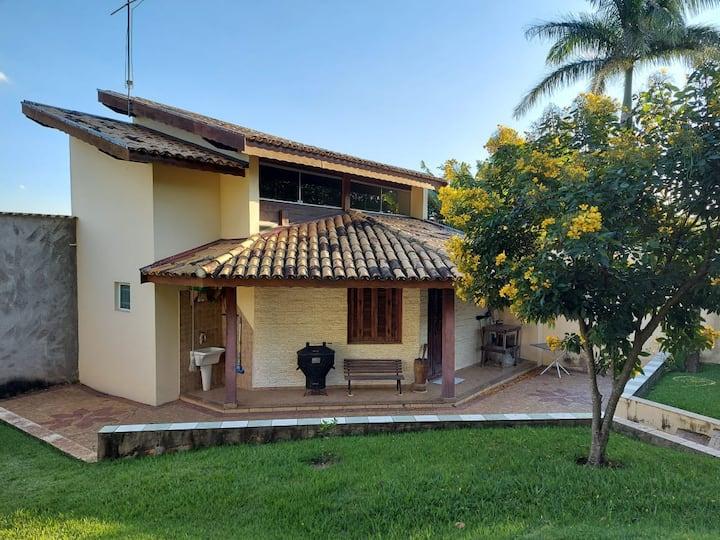 Casa de Campo estilo chalé em Valinhos