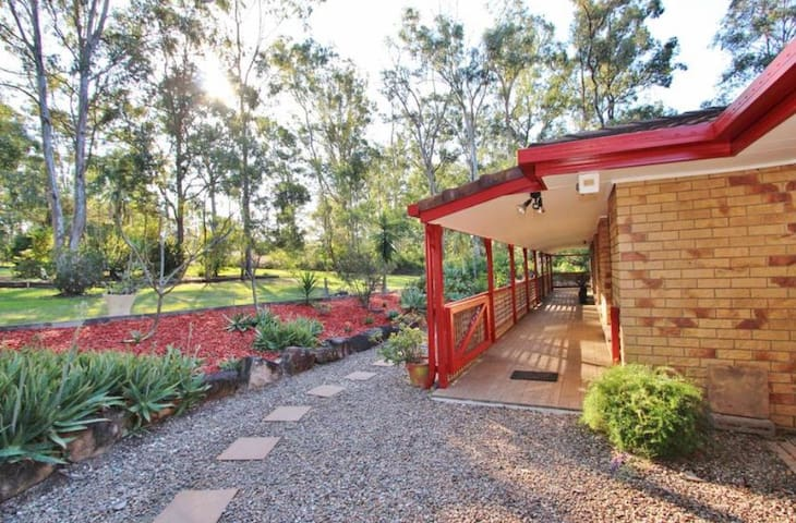 Glamping house Brisbane 6900sqm