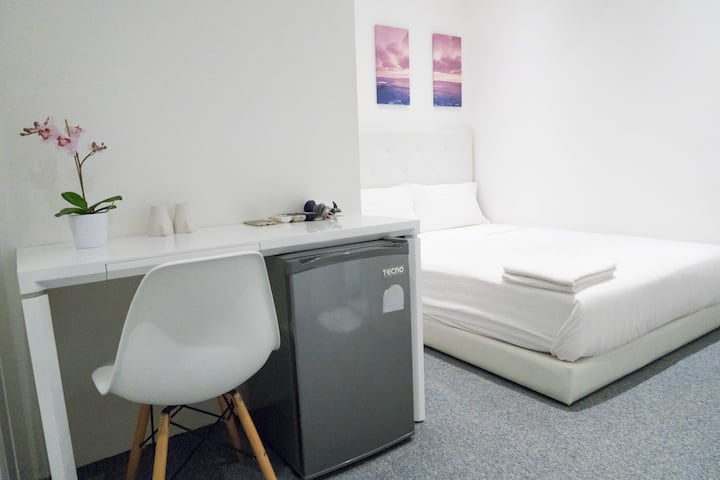 Private Bedroom-Ensuite /WIFI Near Orchard/Central
