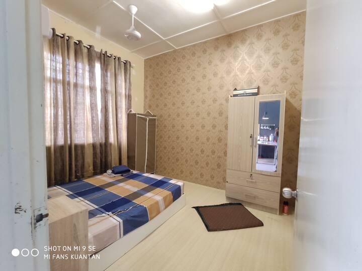 Private Room @ Indera Mahkota 15