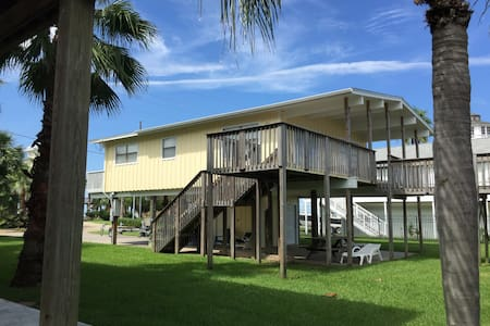 Galveston Bayhouse on Main Canal with  Bay View