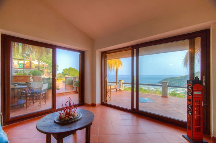 Panoramic Villa ✦ Seaview WiFi Airco 4 bedr 3 bath