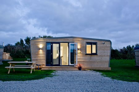 Wheal Prosper - Beautiful Wooden Lodge Helston