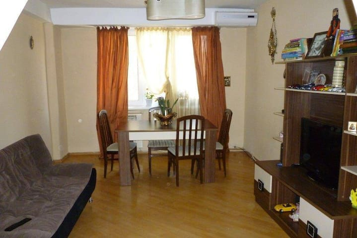 Apartment in Tbilisi - Tbilisi - Appartement