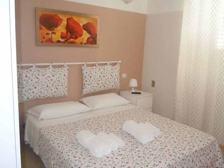 WELCOME HOLIDAY HOUSE, casa vacanze in centro