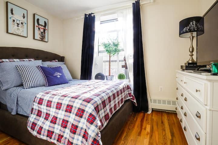 Cozy&Nice Bedroom in an Apt/NYC Inwood location