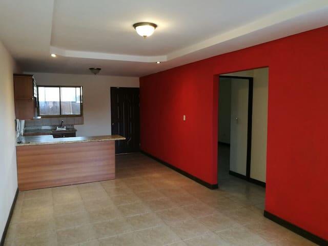 Se alquila lindo apartamento - Tres rios - Apartament