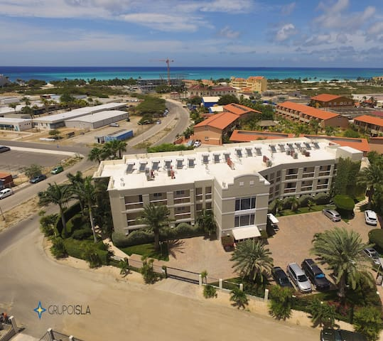 Sunset Residence  luxurious 2BR  at  Eagle Beach