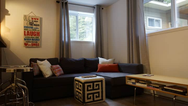 Seasonal downtown Mont-Tremblant 1 bed. apartment